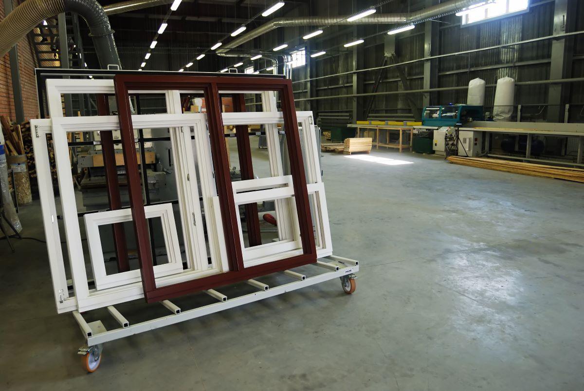 jak zorganizować transport okien